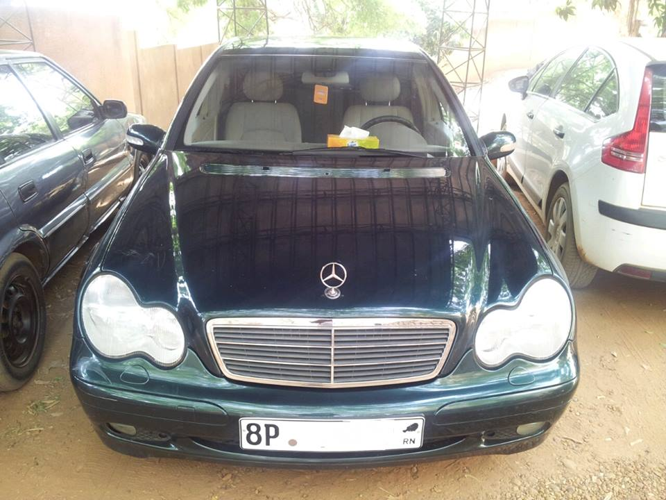 a vendre mercedes c240 moteur v6 niamey. Black Bedroom Furniture Sets. Home Design Ideas